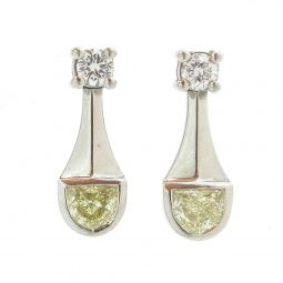 Photo of E4090 Earrings from Platinum Jewellers